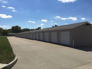 Advantage Self Storage - O'Fallon Facility at  10 Commerce Drive, O'Fallon, IL