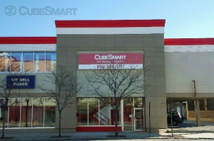 CubeSmart Self Storage - Chicago - 2647 N Western Ave - Photo 1