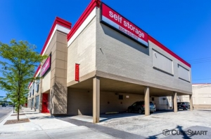 CubeSmart Self Storage - Chicago - 2647 N Western Ave