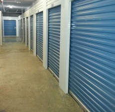 Central Self Storage - Berkeley - Photo 3
