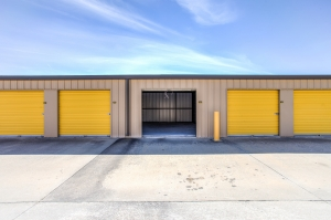 Simply Self Storage - Flowery Branch, GA - Spout Springs Rd - Photo 9