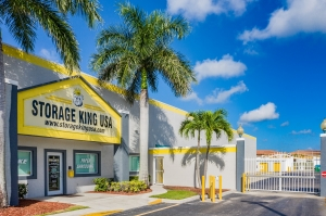 Image of Storage King USA - 015 - Fort Pierce, FL - Okeechobee Rd Facility at 4892 Okeechobee Road  Fort Pierce, FL