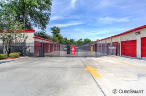 CubeSmart Self Storage - Orlando - 5301 N Pine Hills Rd - Photo 4