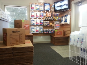 Personal Mini Storage - Orlando - 6325 Edgewater Dr - Photo 9
