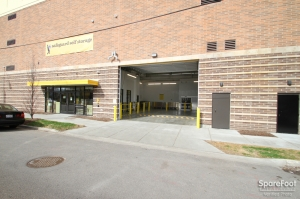 Safeguard Self Storage - Chicago - West Rogers Park - Photo 3