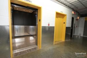 Safeguard Self Storage - Chicago - West Rogers Park - Photo 7