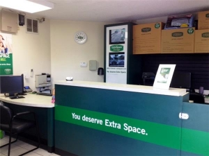 Extra Space Storage - West Palm Beach - Forest Hill Bl - Photo 4