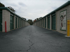 Image of Extra Space Storage - Eastpoint - Lakewood Ave Facility on 2960 Lakewood Avenue Southwest  in Atlanta, GA - View 2