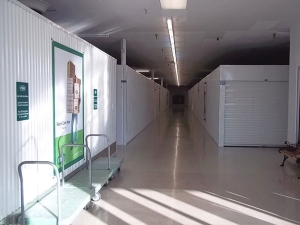Image of Extra Space Storage - South Pasadena - Pasadena Avenue S Facility on 950 Pasadena Avenue South  in St. Petersburg, FL - View 2