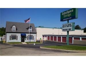Extra Space Storage - Cincinnati - Wooster Pk