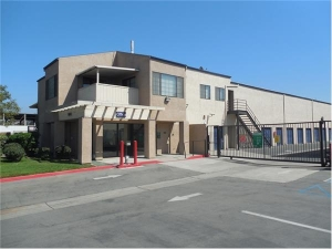 Extra Space Storage - Irvine - Construction Cr