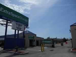 Extra Space Storage - Sarasota - Washington Blvd