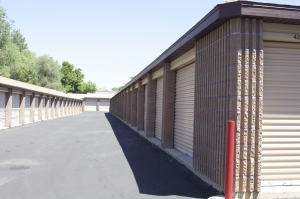 Highland Self Storage - Millcreek - 4014 South Highland Drive - Photo 10