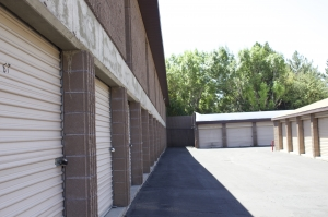 Highland Self Storage - Millcreek - 4014 South Highland Drive - Photo 11