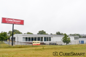 Image of CubeSmart Self Storage - Chattanooga - 1346 Hickory Valley Rd Facility at 1346 Hickory Valley Rd  Chattanooga, TN