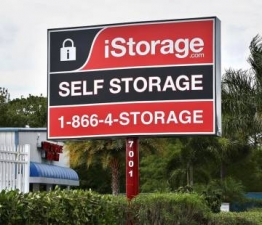 iStorage Port Charlotte - Photo 2