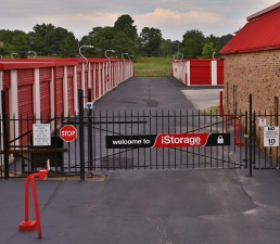 Picture of iStorage Madison Castle Dr