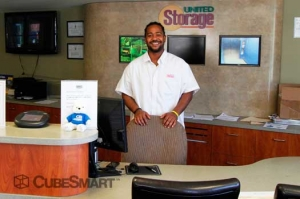 CubeSmart Self Storage - Chicago - 8312 S South Chicago Ave - Photo 3