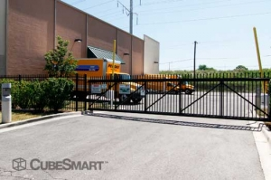 CubeSmart Self Storage - Chicago - 8312 S South Chicago Ave - Photo 5
