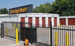 StorageMart - NW Outer Road & NW Woods Chapel Road - Photo 2
