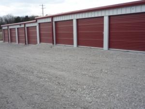 The Storage Lot - Photo 2