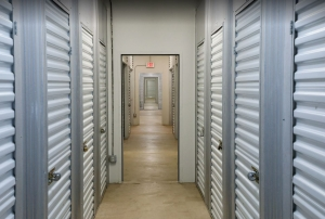 Storage Rentals of America - Hobe Sound - 12825 SE Suzanne Dr - Photo 5