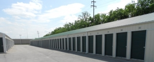 Storage Rentals of America - Willard