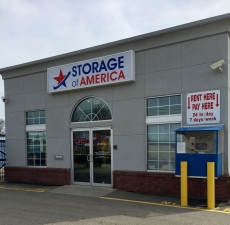 Storage of America - 62nd