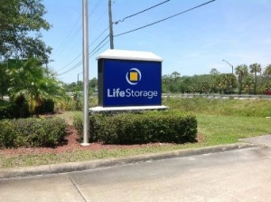 View Larger Life Storage   Vero Beach   20th Street   Photo 4