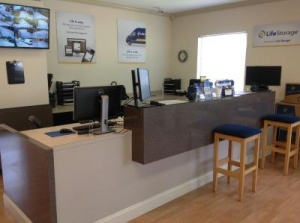 Image of Life Storage - Vero Beach - 20th Street Facility on 8485 20Th Street  in Vero Beach, FL - View 2