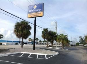 Life Storage - West Palm Beach - North Military Trail - Photo 8