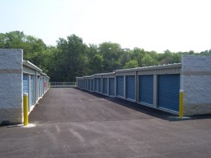 Sentinel Self Storage - Holly Oak Ln