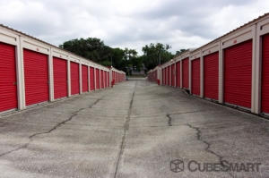 CubeSmart Self Storage - Leesburg - 1435 Center Street - Photo 6