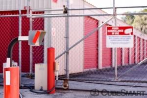 Image of CubeSmart Self Storage - Leesburg - 1435 Center Street Facility on 1435 Center Street  in Leesburg, FL - View 2