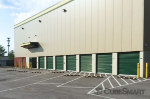 CubeSmart Self Storage - Capitol Heights - Photo 10