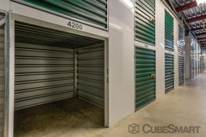 View Larger CubeSmart Self Storage   Gaithersburg   300 Old Game Preserve  Road   Photo 5