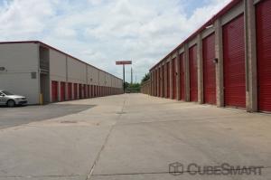 CubeSmart Self Storage - Houston - 5400 Alder Drive - Photo 6
