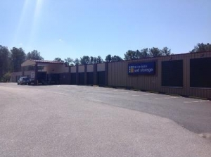 Uncle Bob's Self Storage - Columbia - Garners Ferry Road