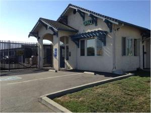 Image of Extra Space Storage - San Lorenzo - Grant Ave Facility at 2300 Grant Avenue  San Lorenzo, CA