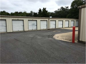 Image of Extra Space Storage - Gulf Breeze - McClure Dr Facility on 15 Mcclure Drive  in Gulf Breeze, FL - View 2