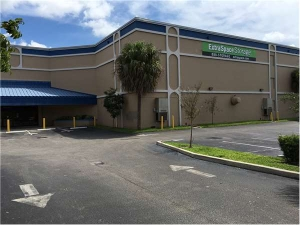 Extra Space Storage - Oakland Park - Dixie Hwy - Photo 1
