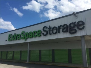 Extra Space Storage - North Charleston - Rivers Ave