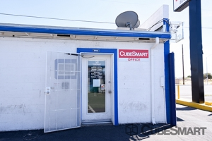 CubeSmart Self Storage - Las Vegas - 4490 E Lake Mead Blvd - Photo 2