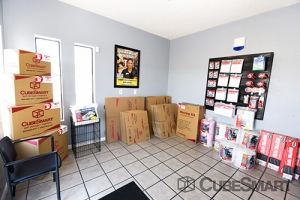 CubeSmart Self Storage - Las Vegas - 3360 N Las Vegas Blvd - Photo 4