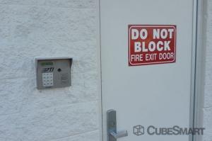 CubeSmart Self Storage - Joliet - 305 South Larkin Avenue - Photo 4