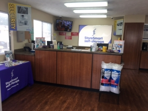 StoreSmart - Fayetteville - New Hope Rd - Photo 10