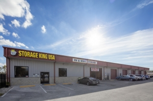 Storage King USA - 020 - Winter Haven, FL - Dundee Rd Facility at  2100 Dundee Road, Winter Haven, FL