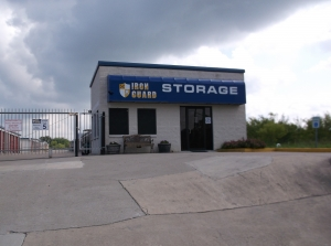 Iron Guard Storage - Del Valle