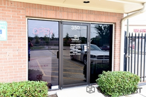CubeSmart Self Storage - Houston - 350 West Rankin Road - Photo 3