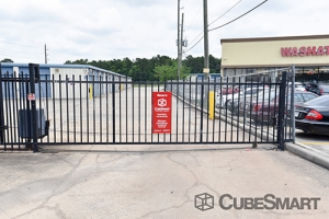 CubeSmart Self Storage - Houston - 350 West Rankin Road - Photo 8